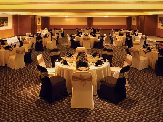 Four Points By Sheraton Hotel Navi Mumbai Restaurant